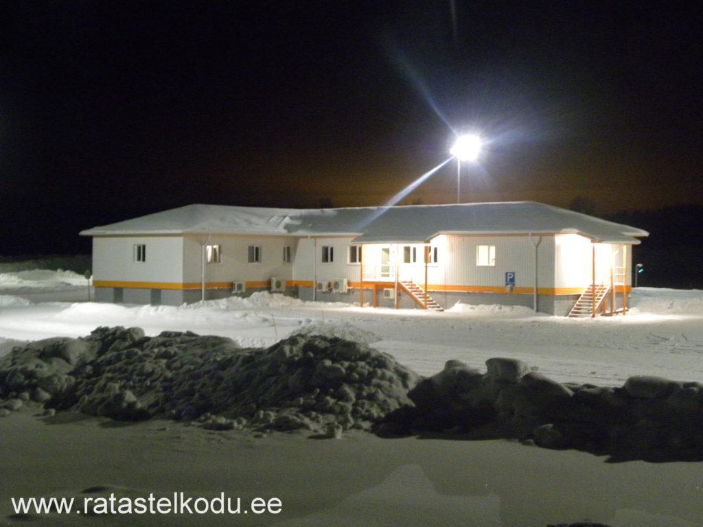 Katusetööd, fassaaditööd, viimistlustööd, vundamenditööd. Elementmaja Soomes